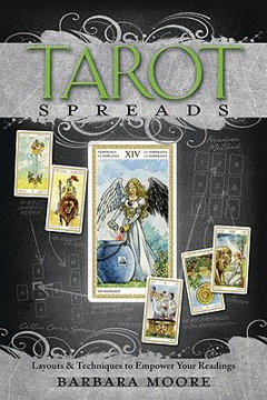 Bild på Tarot Spreads: Layouts & Techniques to Empower Your Readings