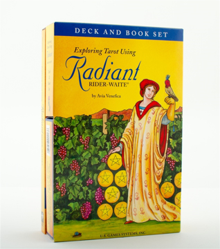 Bild på Exploring Tarot Using Radiant Rider-Waite® Tarot
